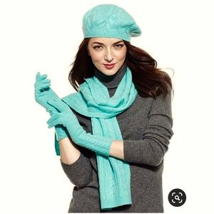 Mint green cashmere blend berry and gloves